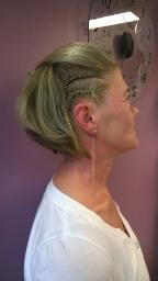 parturi - kampaamo Espoo hiustenleikkaus hääkampaus ripsien värjäys lasten hiustenleikkaus